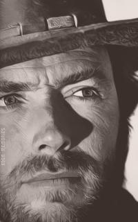 Clint Eastwood 4ajbjlKE_o