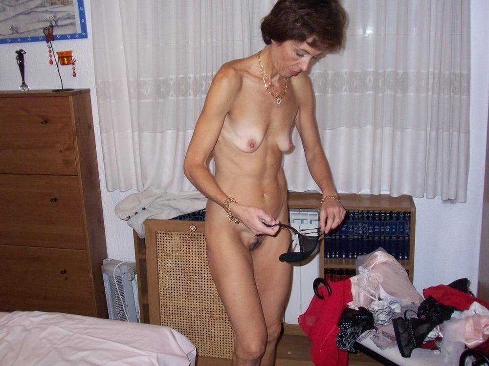 Beautiful naked women making love-5626