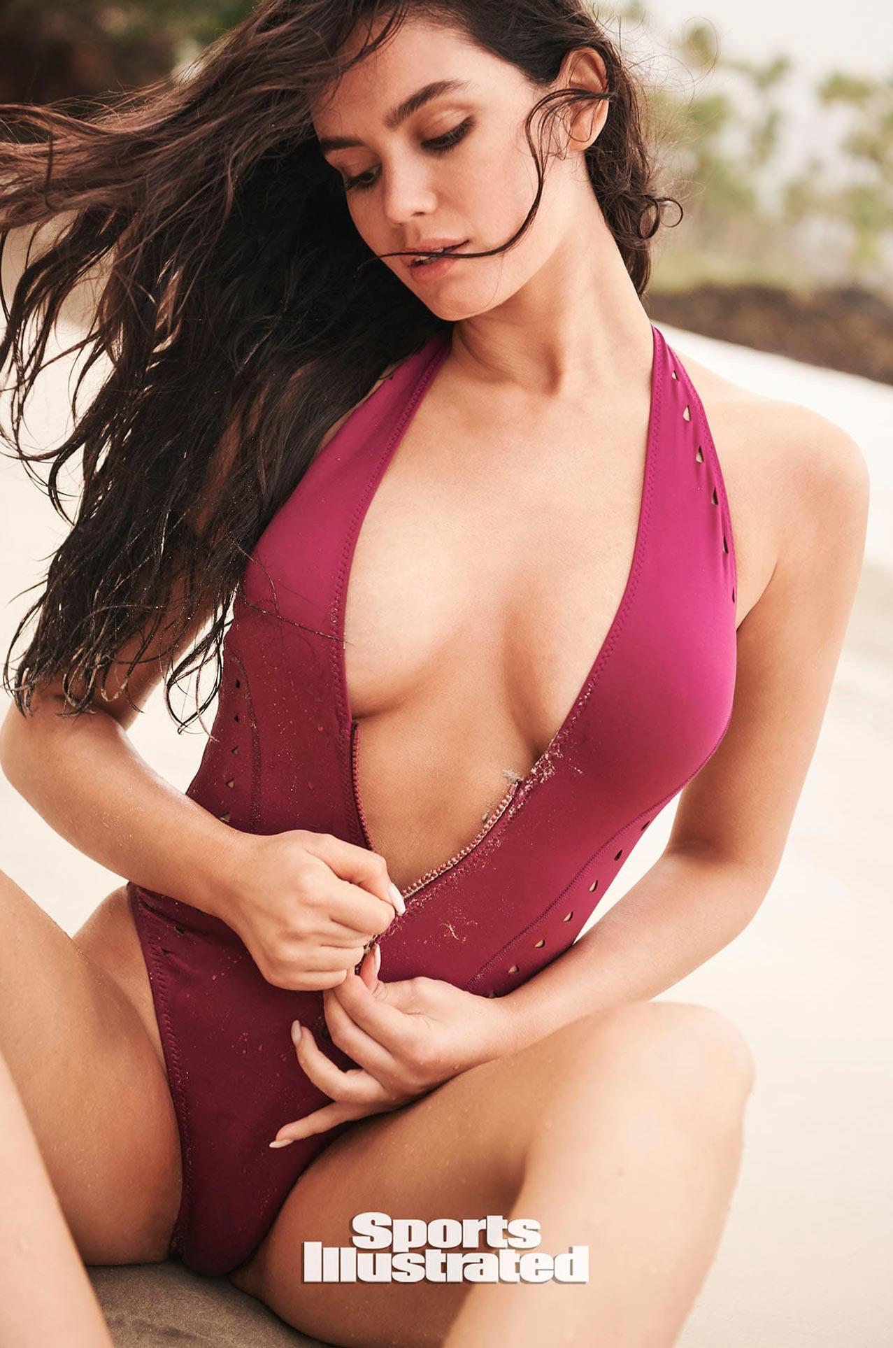Энн де Паула в каталоге купальников Sports Illustrated Swimsuit 2020 / фото 17