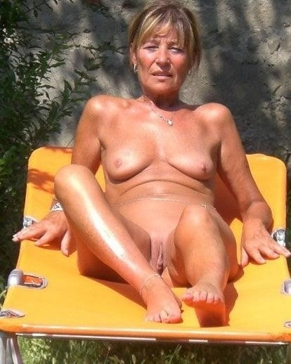 Mature women boobs pics-1517