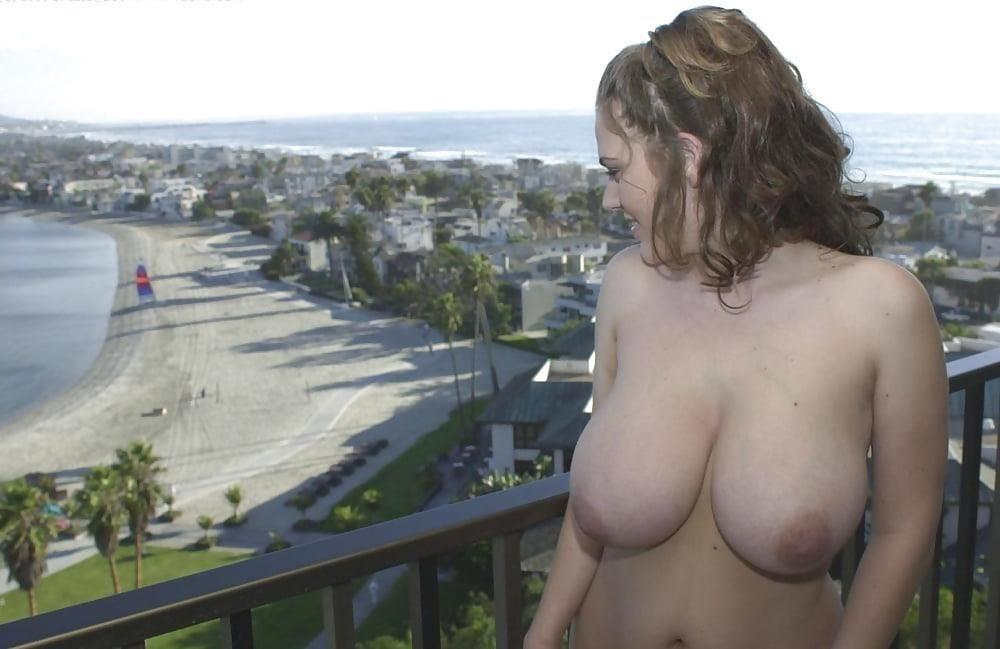 Huge natural tits and nipples-1859