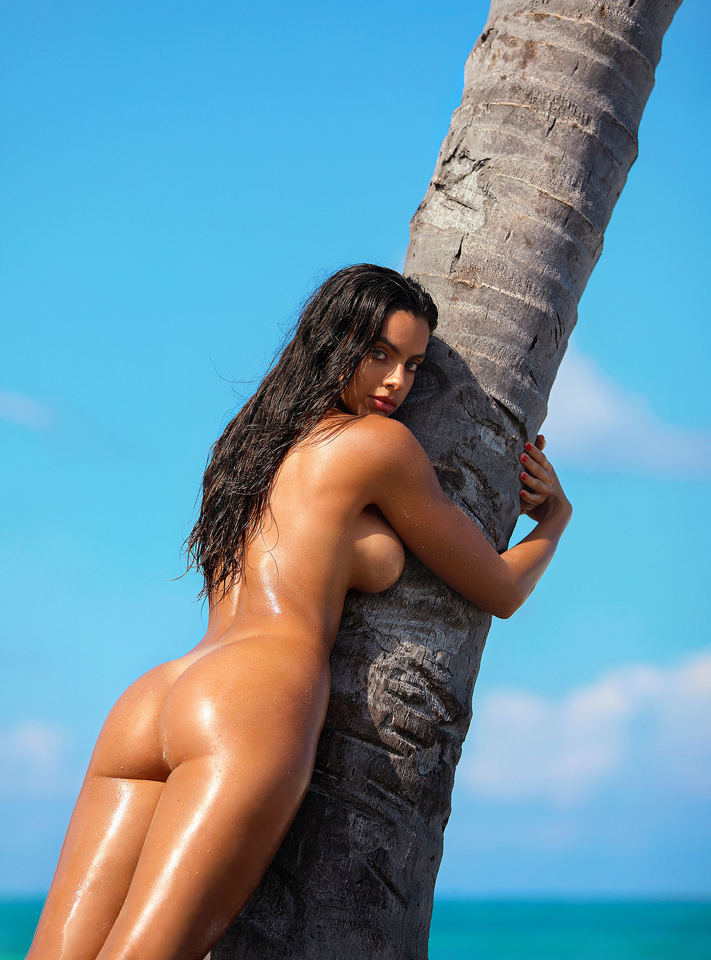 Голая пуэрториканка Присцилла Хаггинс на пляже Тулума / фото 14