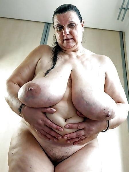 Natural tits nipples-7419