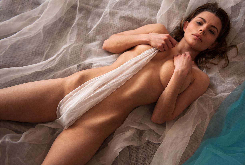 Сексапильная Люда -Лилит Вебер- в фотопроекте Бесс.порно / фото 01
