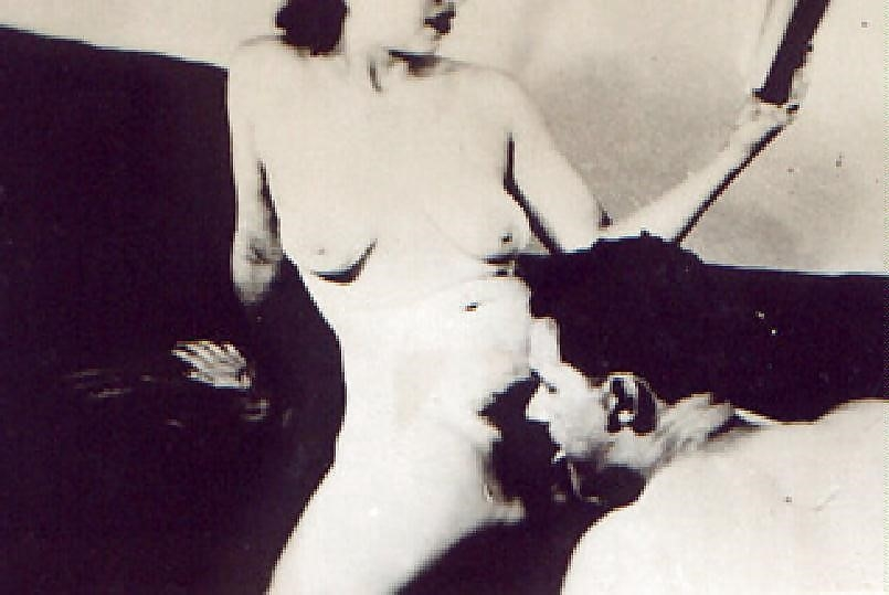 Oral sex cunnilingus-1572