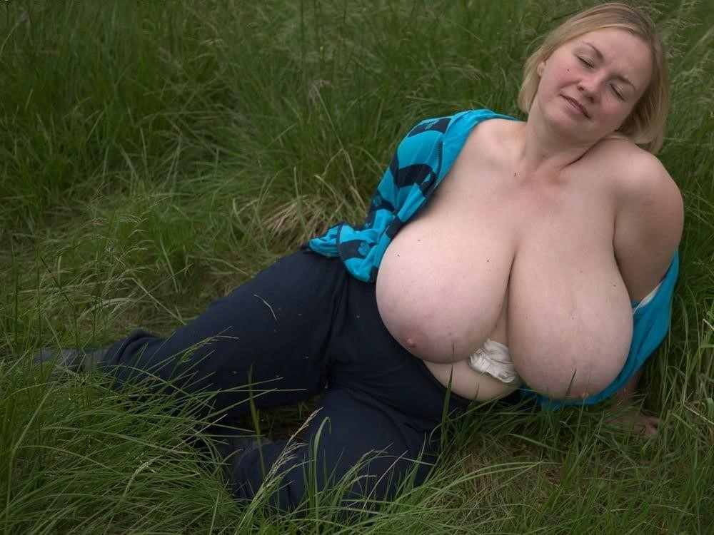 Free big tit mature pics-2100