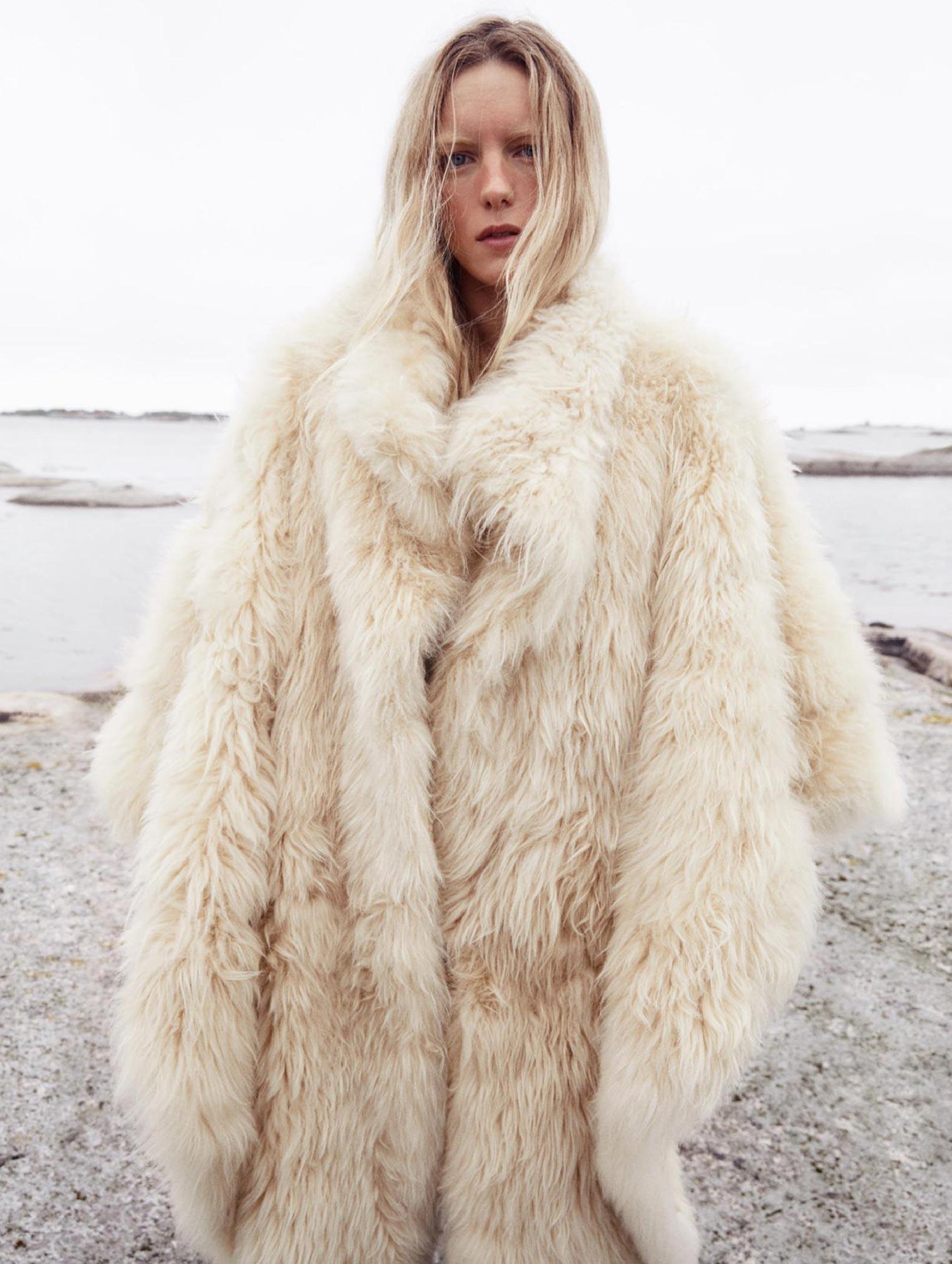 Бразильская модель в гостях у шведской - Эрика Линдер и Ракель Циммерман / фото 18