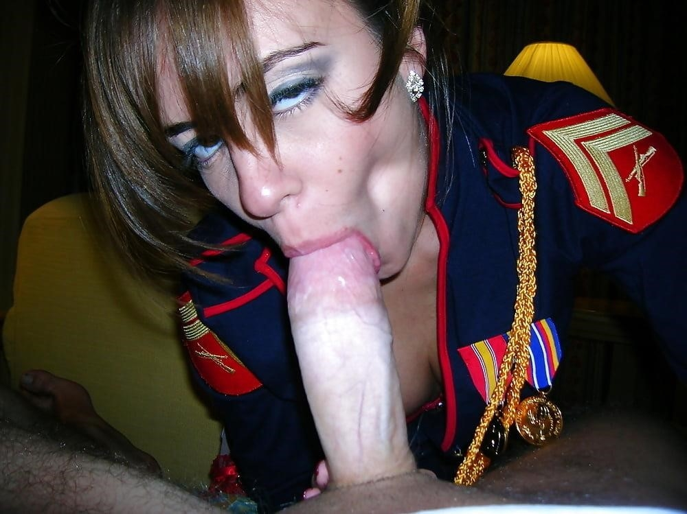 Girlfriend blowjob pictures-9037