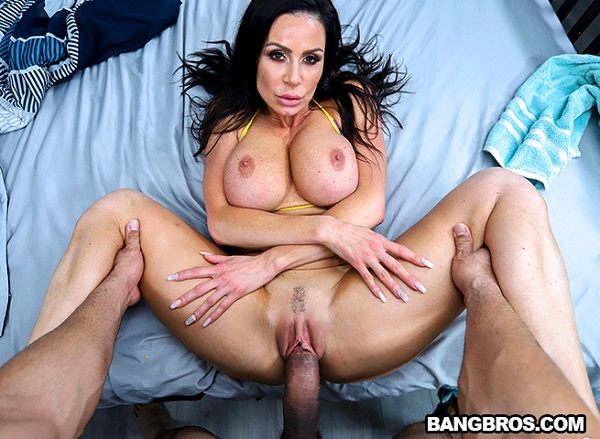 AssParade - Kendra Lust - Fucks Her Friends Brother (2019)