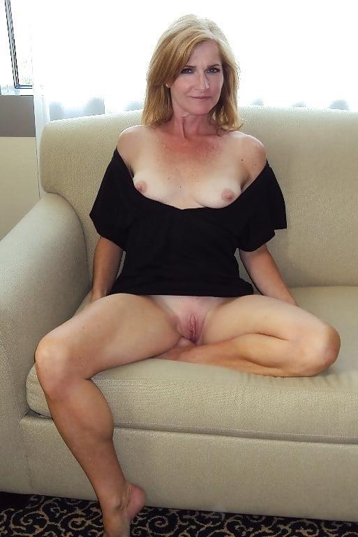 Girl milf pic-2772
