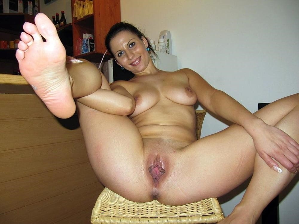 Free busty milf porn pics-2509