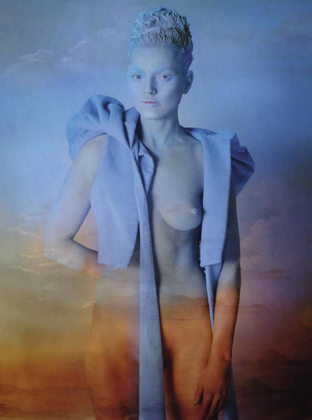 Fools Paradise / Guinevere van Seenus by Mert Alas and Marcus Piggott / Vogue Italia september 2018