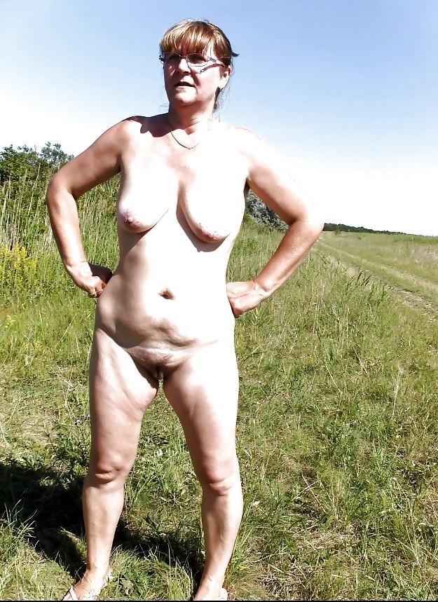 Mature bbw naked-6808