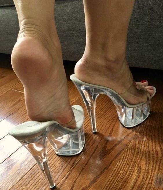 Sexy women feet porn-6804