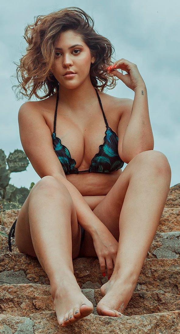 Dora Figueiredo Nude
