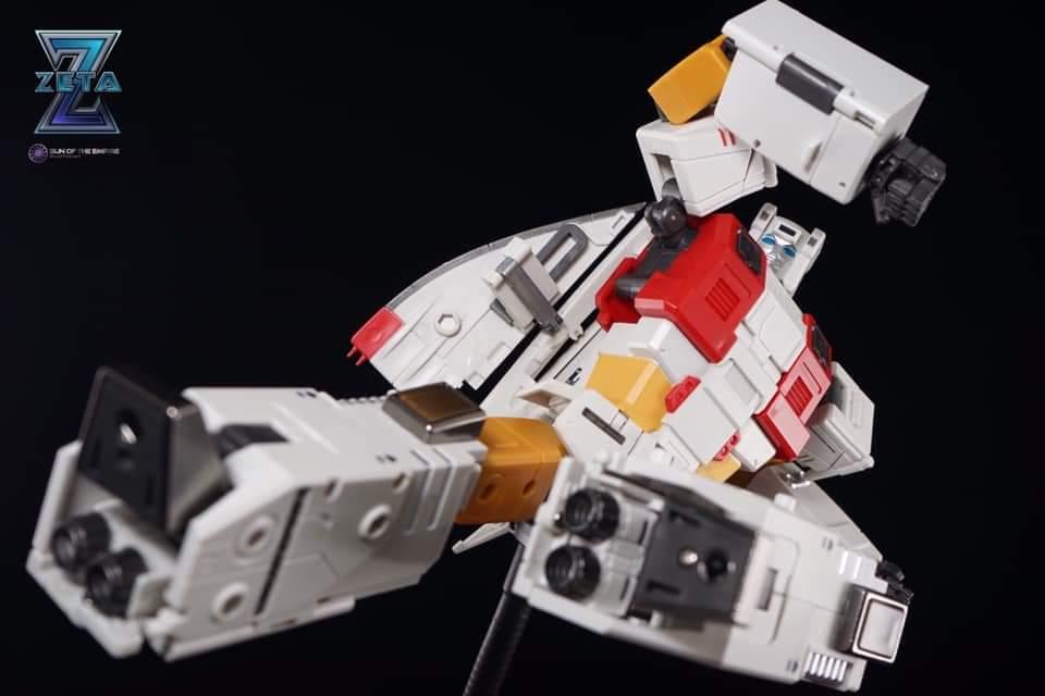 [Zeta Toys] Produit Tiers ― Kronos (ZB-01 à ZB-05) ― ZB-06 ZB-07 Superitron ― aka Superion - Page 3 H0L9EyDL_o