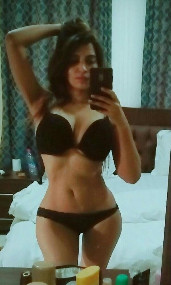 Curvy girl nude selfies-3065