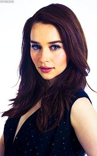 Emilia Clarke DK56yPxb_o