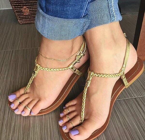 Lesbian long toes-5847