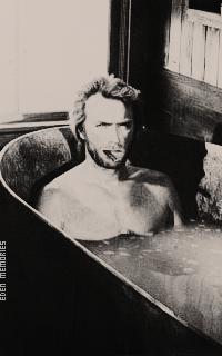 Clint Eastwood X3zb7yKS_o