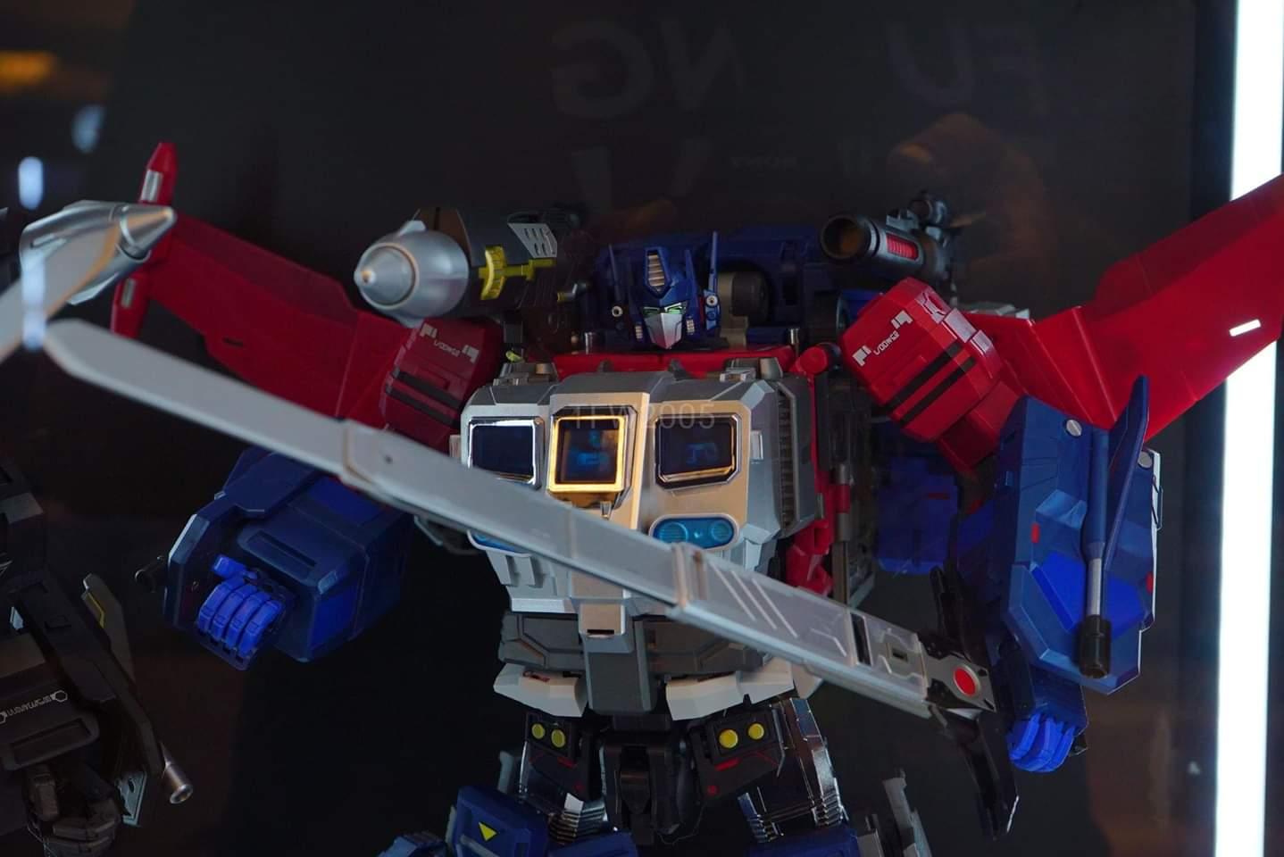 [FansHobby] Produit Tiers - MB-06 Power Baser (aka Powermaster Optimus) + MB-11 God Armour (aka Godbomber) - TF Masterforce - Page 4 SlJIwWGS_o