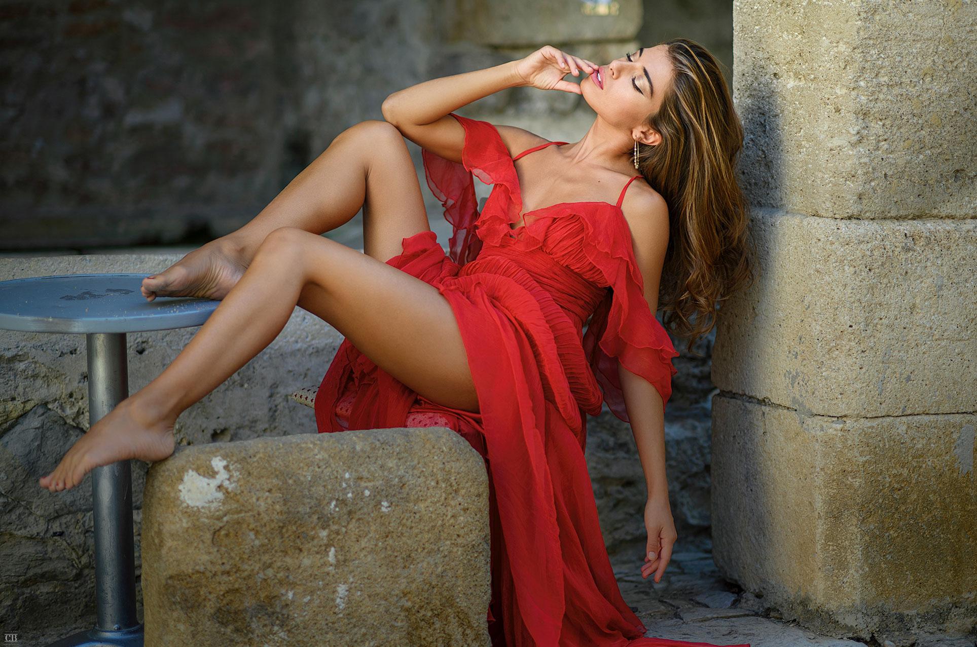 Кьяра в красном платье / фото 07