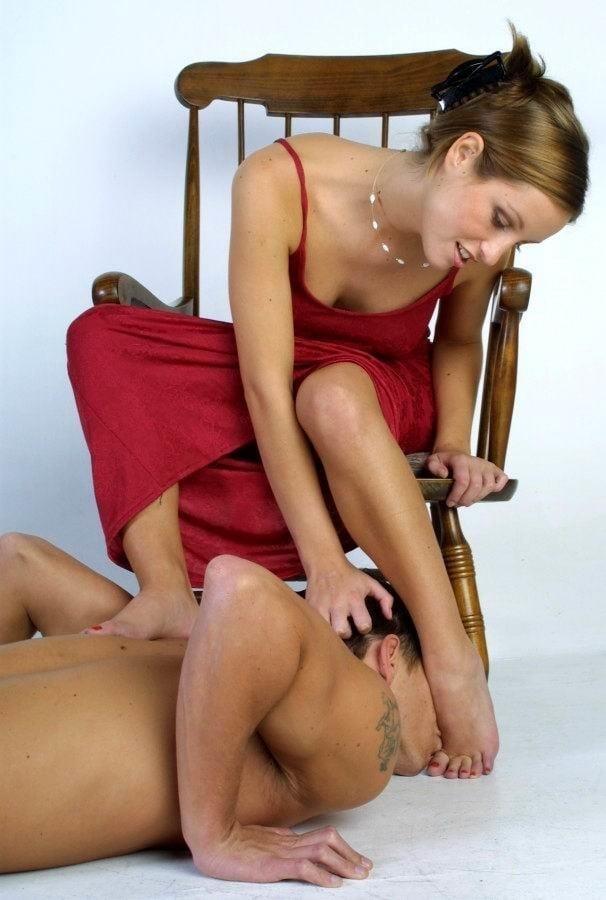 Victoria feet slave-8429