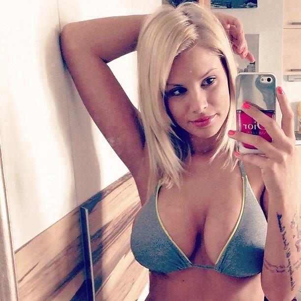 Big boob nude selfie-6684