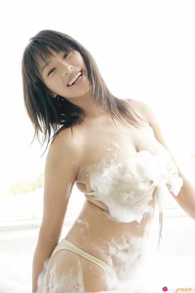 Public tits porn-9591
