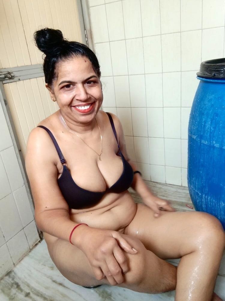 Vidya ki sexy photo-5846