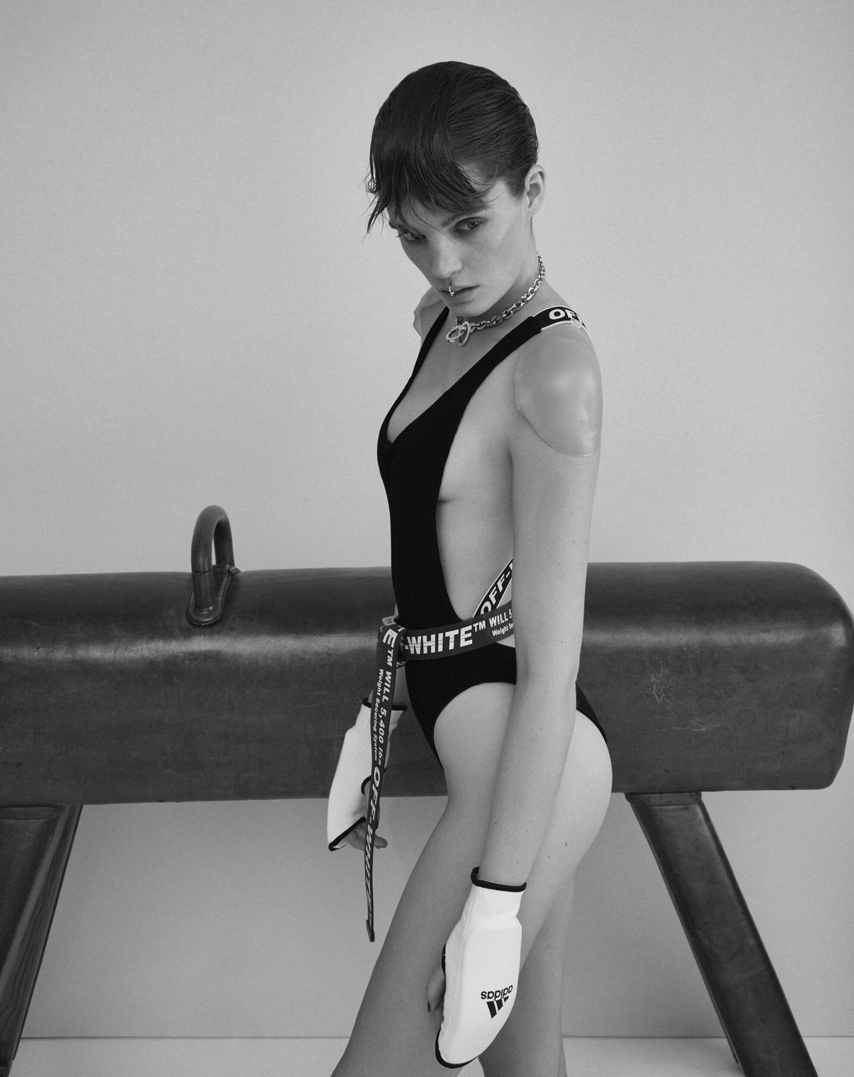 Кровавый спорт / Алексина Грэм / фото 06