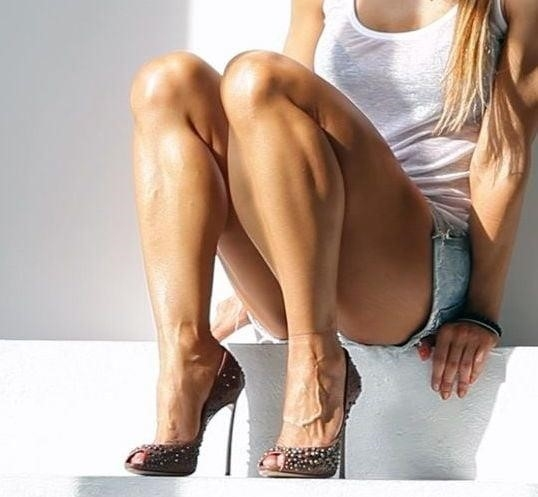 Bodybuilder female clit-4803