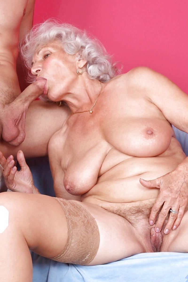 Teen and granny lesbian-3040