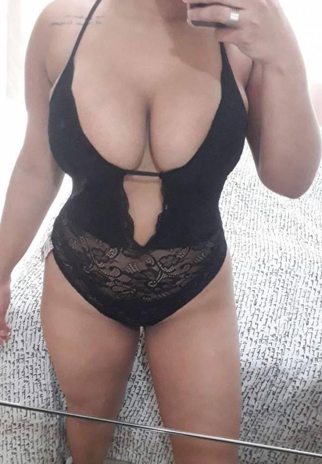 Esposa safada e submissa fotos amadoras