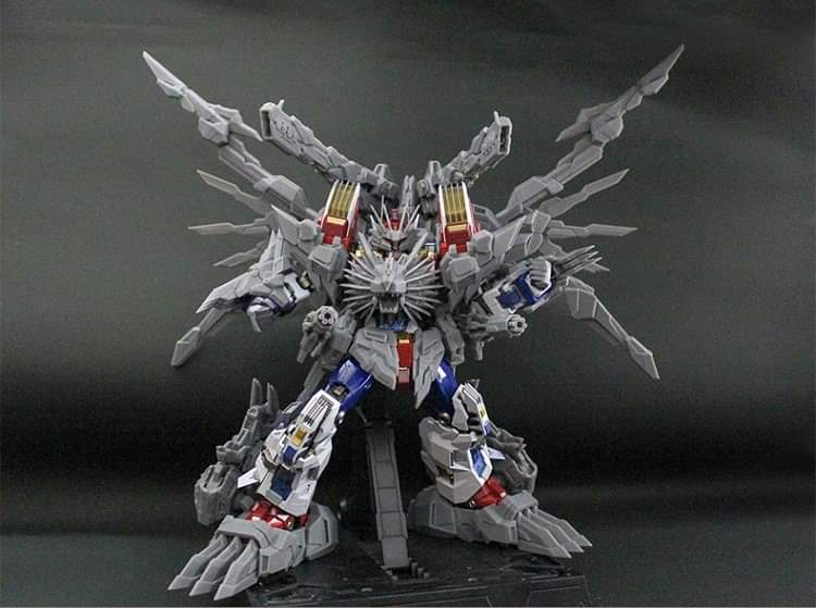 [Flame Toys] Figurines Drift, Optimus, Tarn, Star Saber, etc (non transformable - autorisé par Hasbro) - Page 7 COPiEikV_o