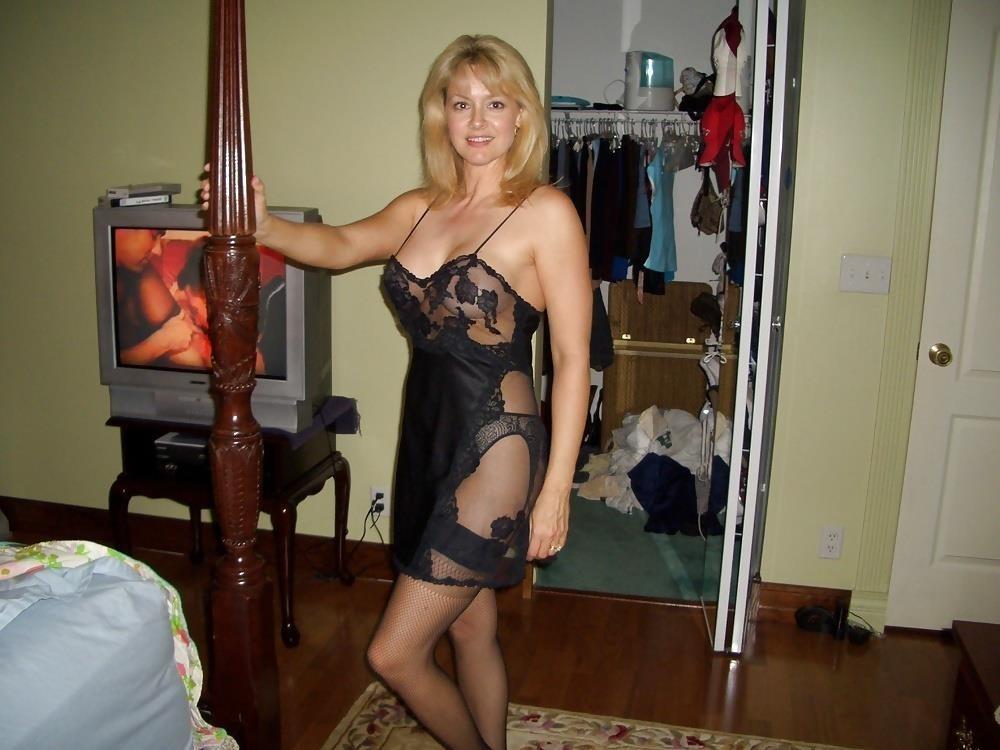Mature amateur lingerie pics-3564