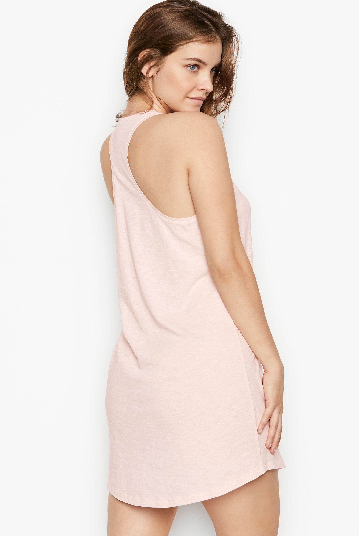 супермодель Барбара Палвин демонстрирует новые модели нижнего белья Victorias Secret, май 2020 / фото 20