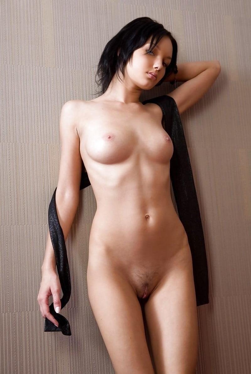 Mature naked brunettes-6530