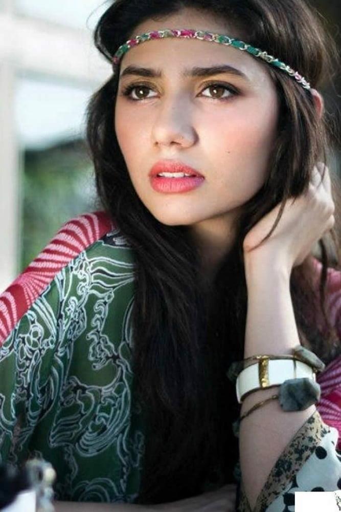 Mahira khan sexy photos-5543
