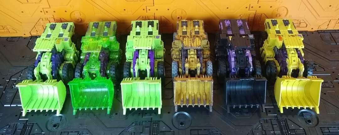 [Toyworld] Produit Tiers - Jouet TW-C Constructor aka Devastator/Dévastateur (Version vert G1 et jaune G2) - Page 11 WW5PrSsS_o