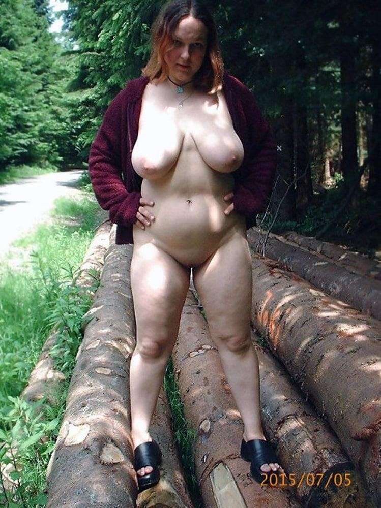 Naked wife in the woods-8197