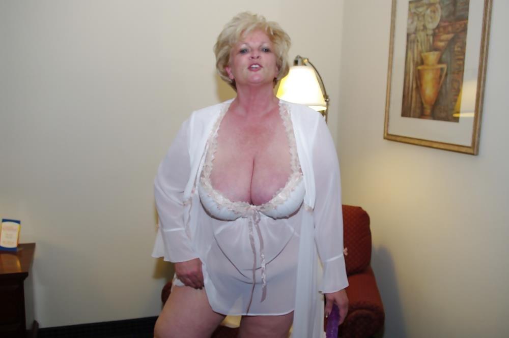 Granny big tit pics-5151