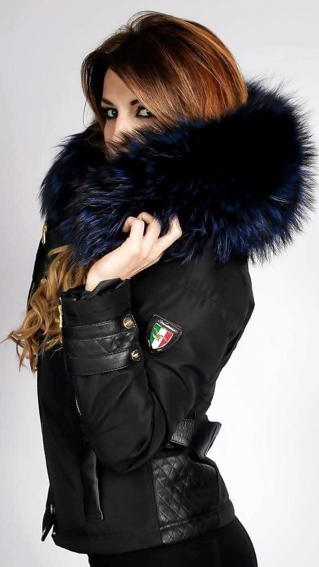 Jean jacket with brown fur-3069