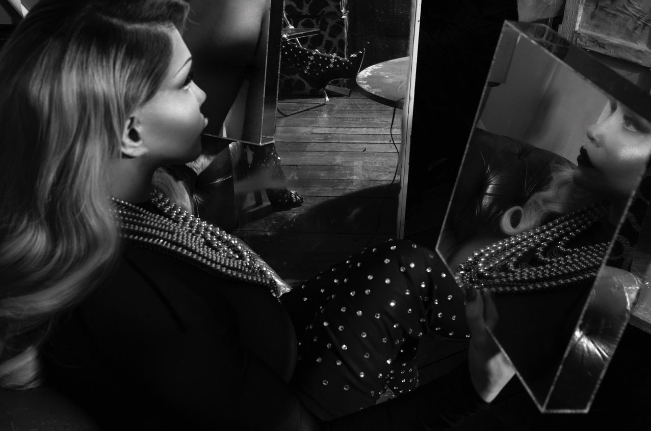 The Loft / Daria Alexandrova, Senta Schnabl, Marie Clavel, Lolly Wish, Allanah Starr by Stefanie Renoma