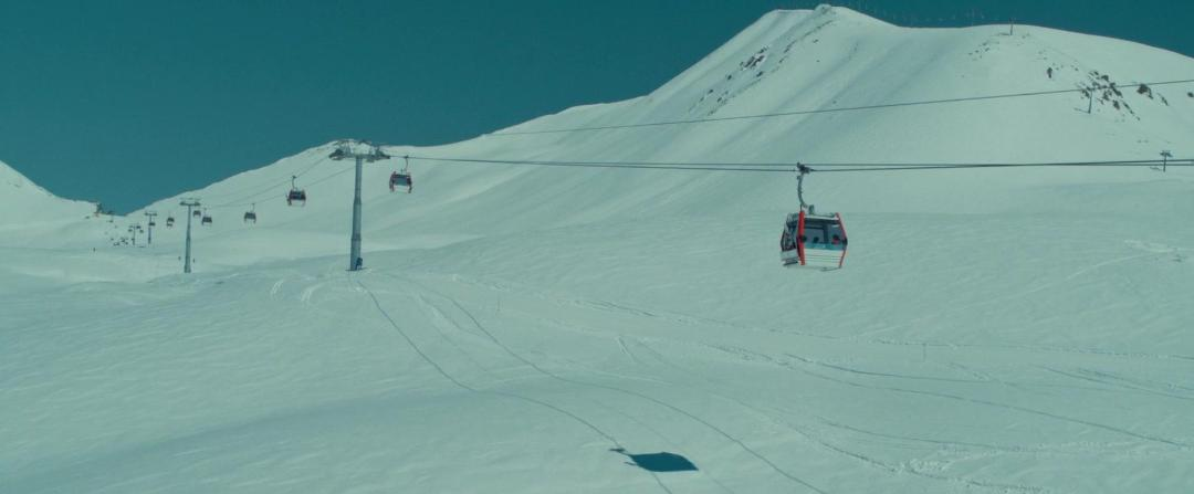 Let it Snow 2020 1080p WEB-DL DD5 1 H 264-EVO