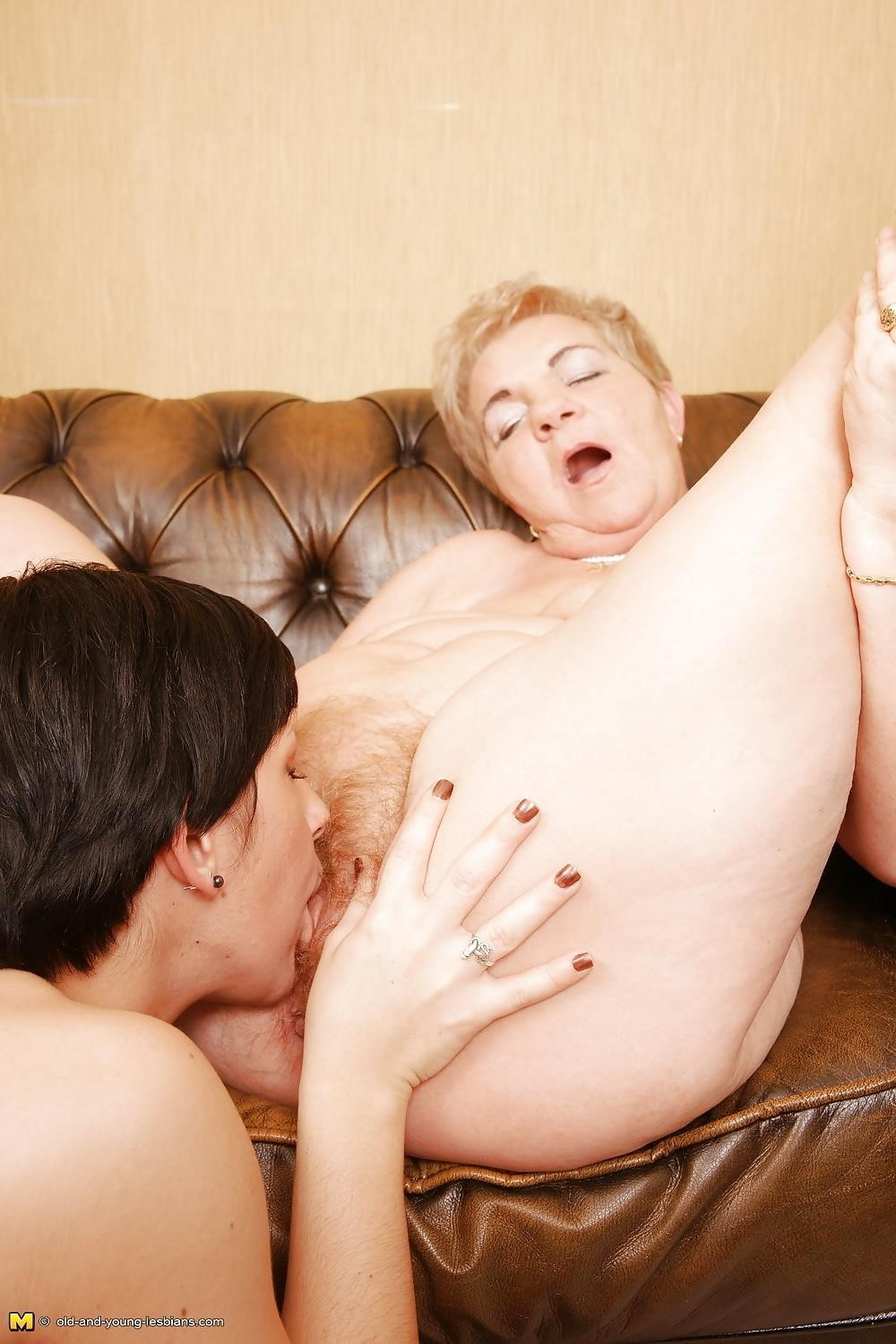 Group sex with old women-4542