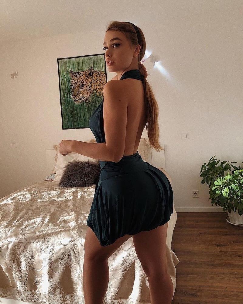 Big tits sexy photo-1260
