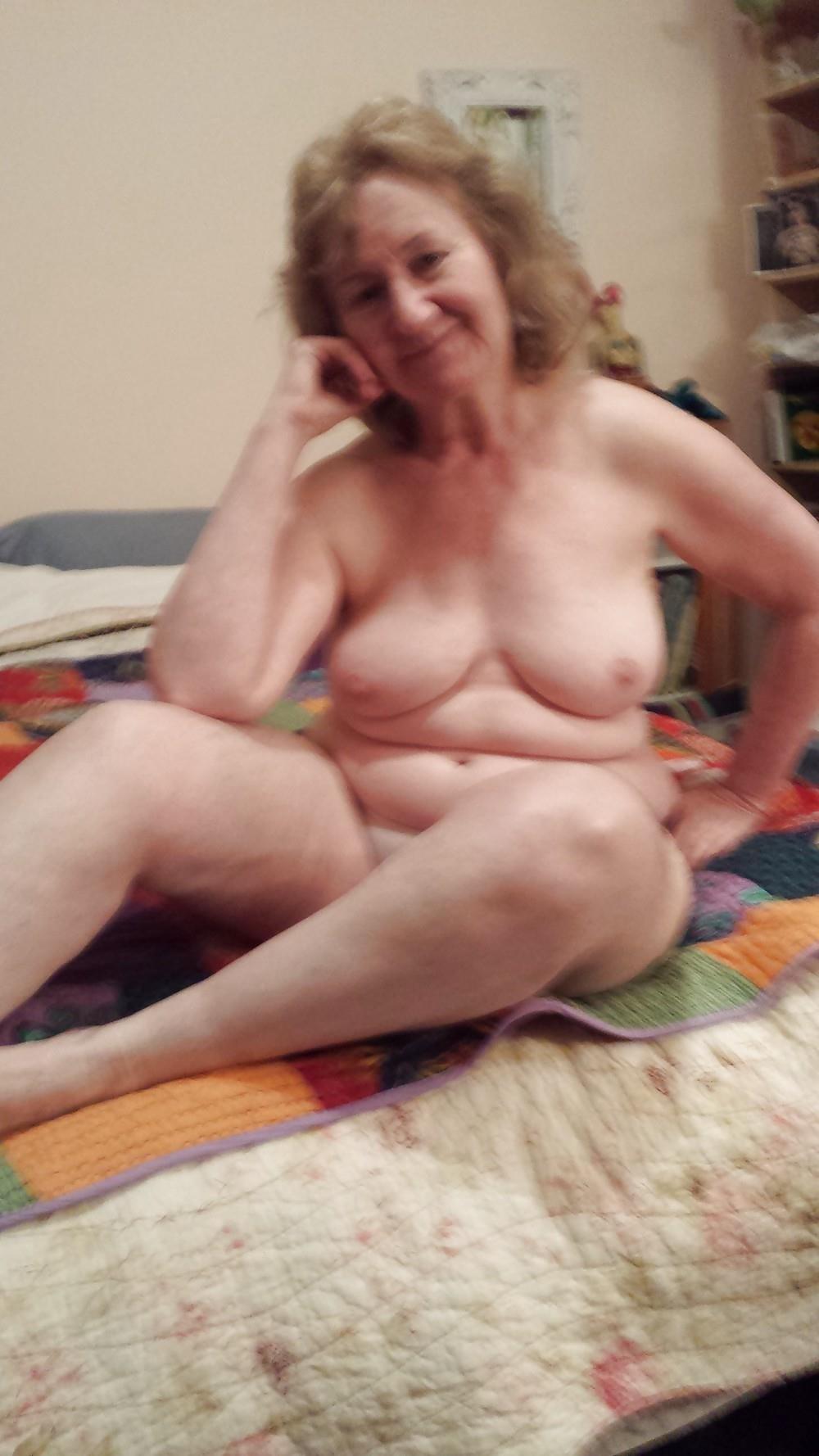 Chubby granny nude pics-1689