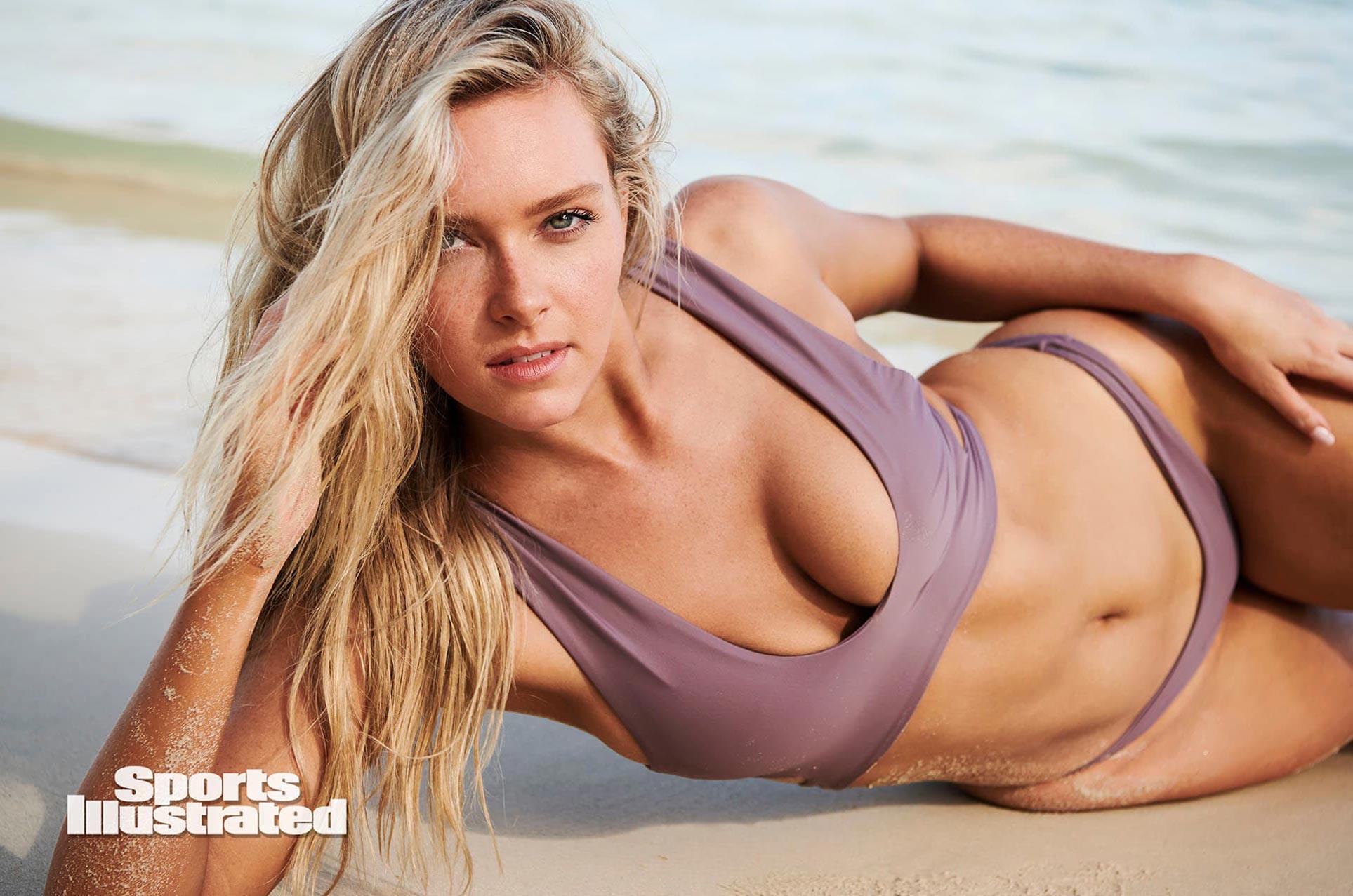 Камилла Костек в каталоге купальников Sports Illustrated Swimsuit 2020 / фото 11