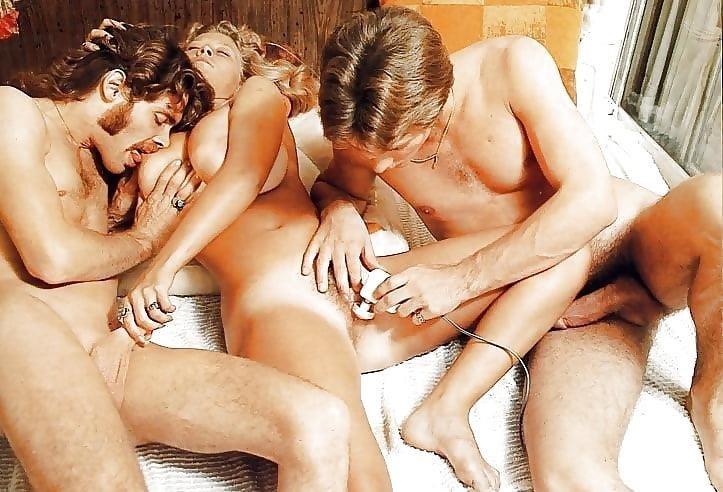 Porn threesome amateur-7812